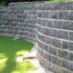 Blausteinmauer